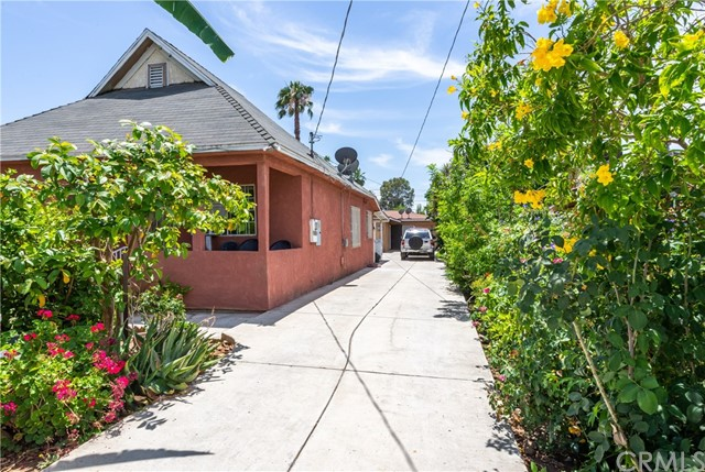 2956 Pleasant Street, Riverside, CA 92507