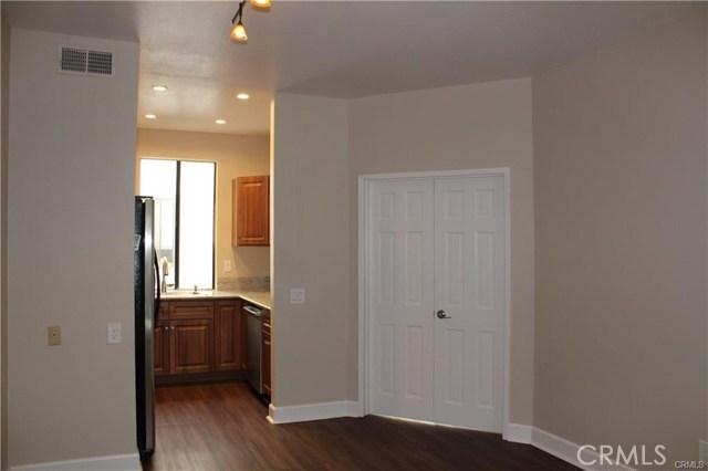 278 S Oak Knoll Av, Pasadena, CA 91101 Photo 5