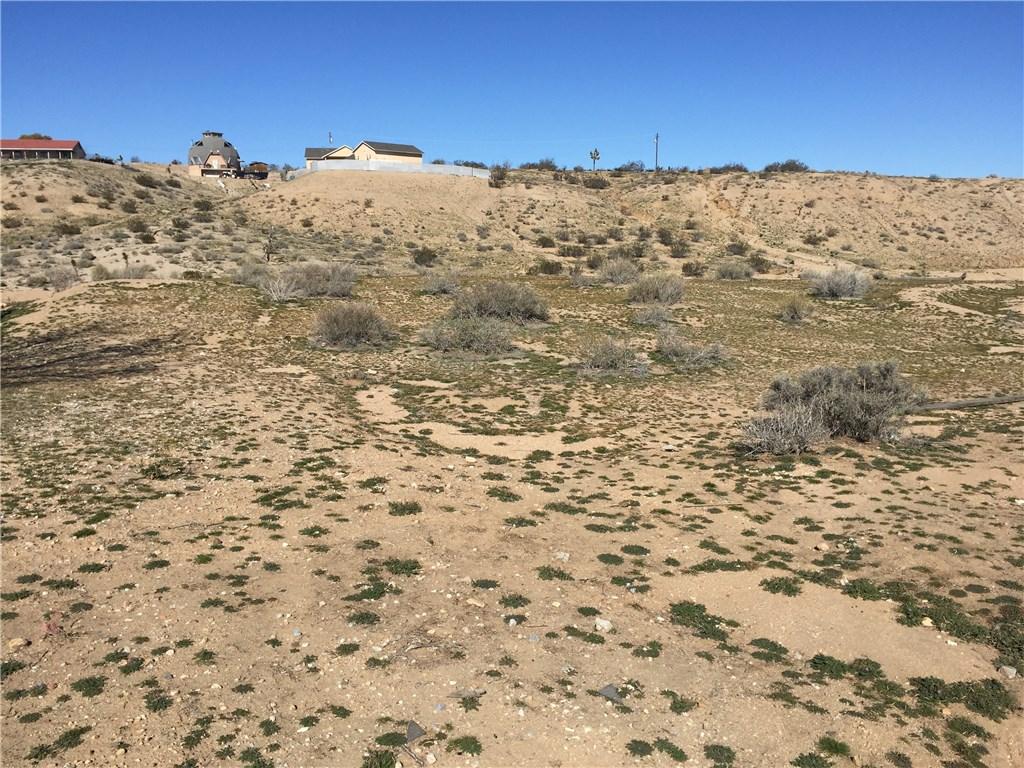 18648 Lilac, Hesperia, CA 92340