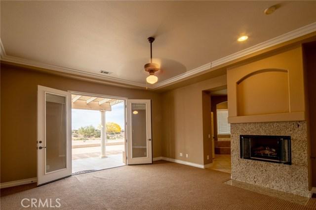 7560 Royal View Ln, Oak Hills, CA 92344 Photo 24