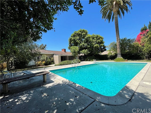 17601 Osborne St, Sherwood Forest, CA 91325 Photo 5
