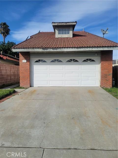 Photo of 523 W Cypress Street, Compton, CA 90220