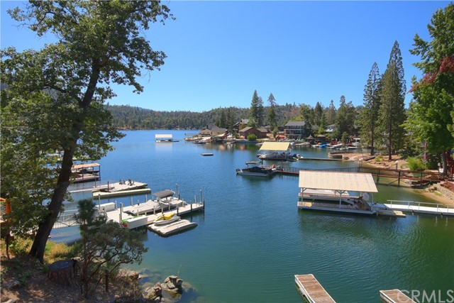 54106 Road 432, Bass Lake, CA 93604