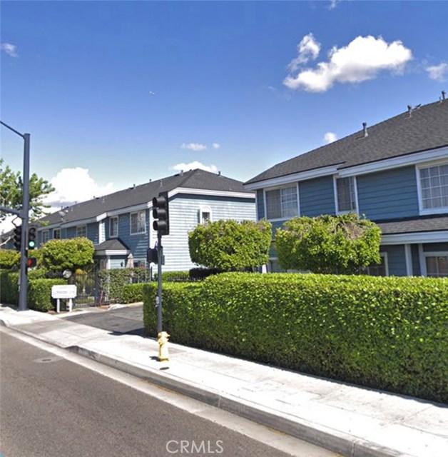 11696 Lakewood Boulevard, Downey, CA 90241