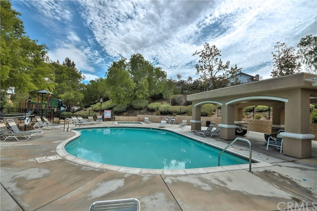 30060 Manzanita Ct, Temecula, CA 92591 Photo 32