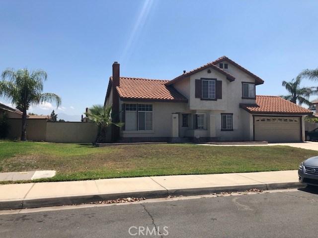 681 N Larch Avenue, Rialto, CA 92376