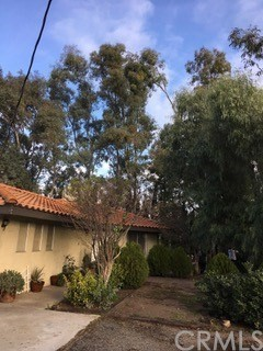 Photo of 11 Palm Avenue, Beaumont, CA 92223