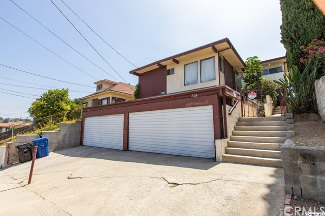 328 Parkman Avenue, Los Angeles, CA 90026