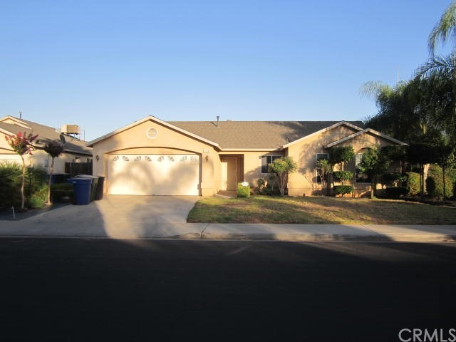 1018 Harrison Avenue, Sanger, CA 93657