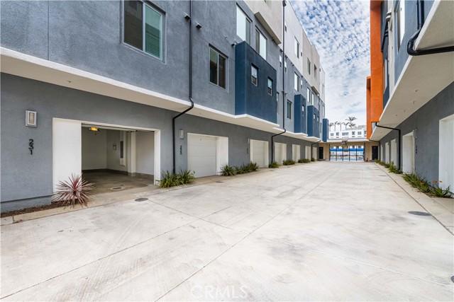 43. 231 Elm Avenue Long Beach, CA 90802