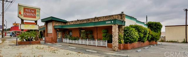 2006 W Foothill Boulevard, Upland, CA 91786