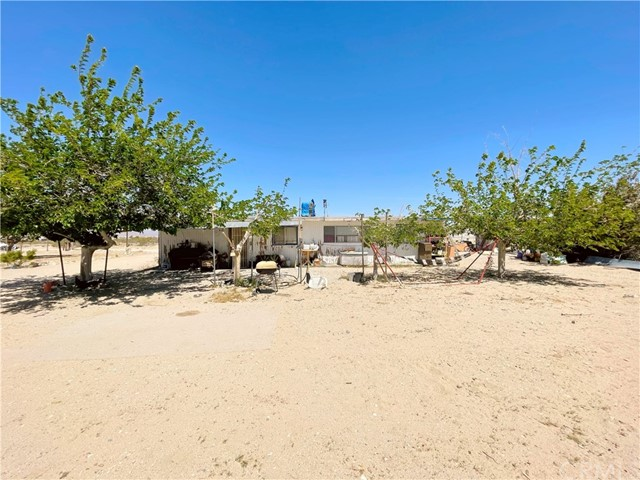 9433 Chickasaw, Lucerne Valley, CA 92356 Photo