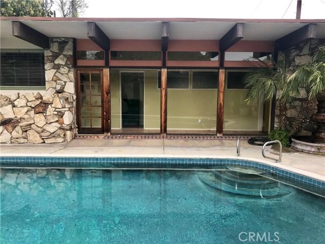 2528 Oakmont Avenue, Santa Ana, CA 92706