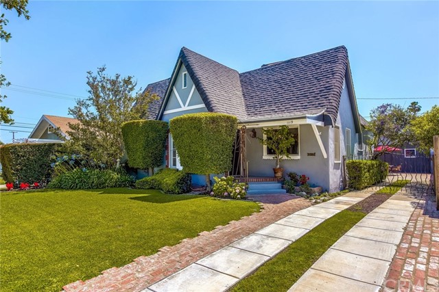 1119 Olive, Santa Ana, CA 92703