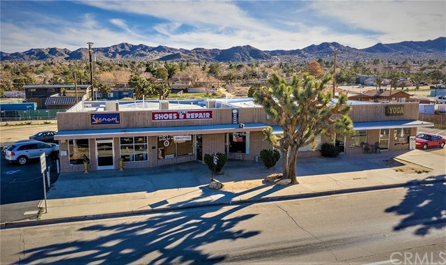 55823 29 Palms Highway, Yucca Valley, CA 92284