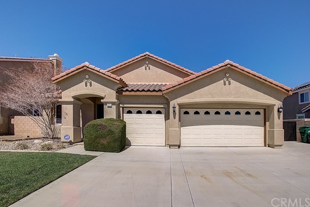 Photo of 1831 Hideaway Place, Palmdale, CA 93551