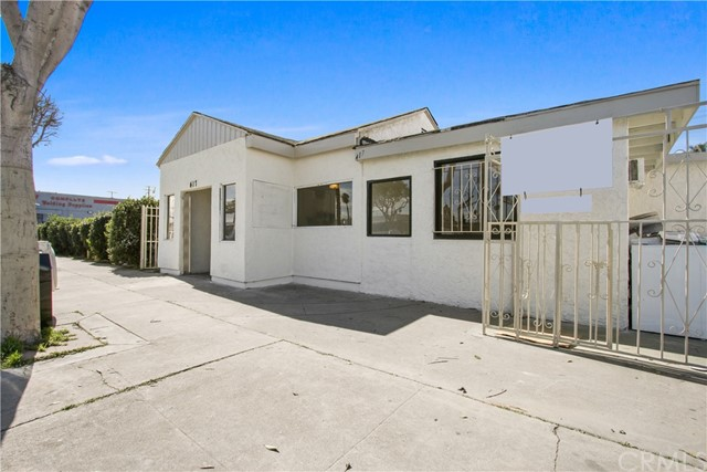 417 N Long Beach Boulevard, Compton, CA 90221