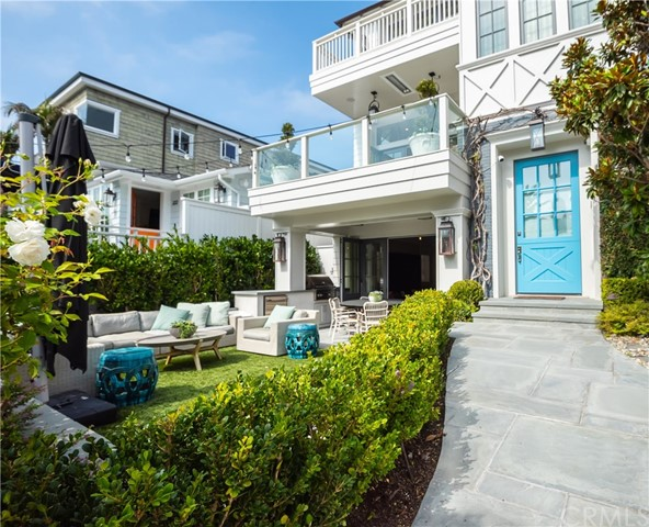 Photo of 337 7th Street, Manhattan Beach, CA 90266