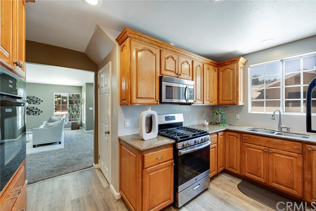 12. 1005 S Woods Avenue Fullerton, CA 92832