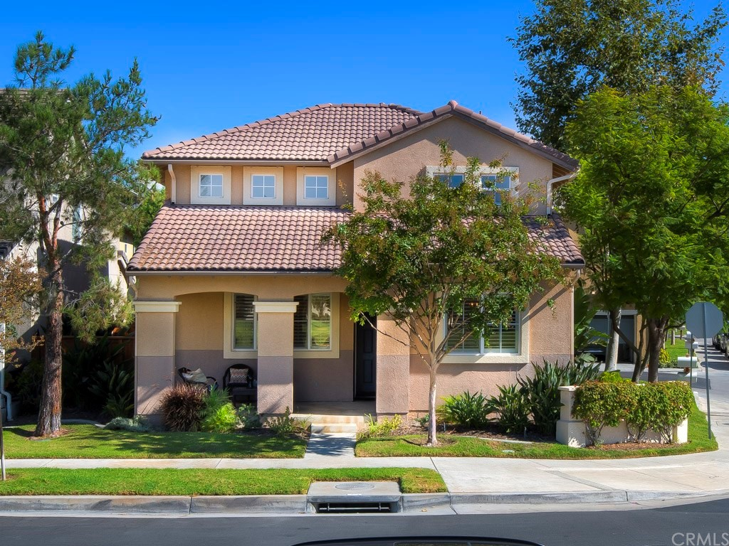 What better way to celebrate the holidays then in your new Painted Trails home. Step in, slip off your shoes & view this remodeled & DETACHED gem.   Practically everything is new! The downstairs boasts a dining room & living room, plantation shutters & beautiful wood-like trending luxury vinyl flooring with upgraded baseboards. Fresh neutral paint, recessed (LED) lighting & handsome brushed nickel hardware throughout all complimenting the bright & open floor plan. You'll love the modern kitchen with white cabinetry, quartz counters, a center island w/bar stool seating, brand-new stainless-steel appliances, under-counter lighting & window overlooking the back patio. Adjacent to the kitchen is a breakfast nook w/access to both the patio & 2-car attached garage. The family room is open to the kitchen with shutters & a fireplace. A powder room & guest closet is offered on the lower level. Upstairs you'll find the master bedroom with a large walk-in closet, dual sinks, new fixtures, walk-in shower & roman tub.  Well sized bedrooms share a full bath with dual sinks. Convenient upstairs laundry easily accommodates your full-size washer & dryer. Enjoy a BBQ with friends & family or simply relax in the low maintenance patio with beautiful flagstone pavers. Enjoy nearby amenities, pool, spa, & playground! A perk of living here is you get an exclusive membership to Lake Mission Viejo; Move-in just in time for Santa's arrival. You will love this home in this great community!