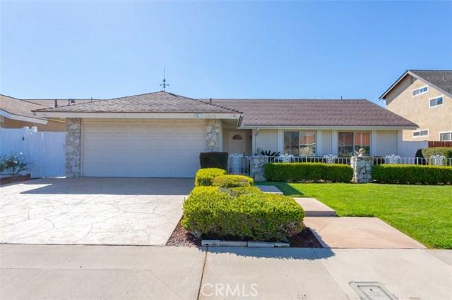 17151 Twain Lane, Huntington Beach, CA 92649