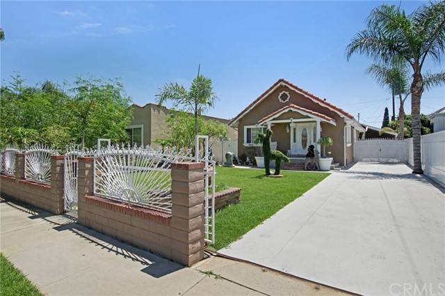 4324 E 56th Street, Maywood, CA 90270