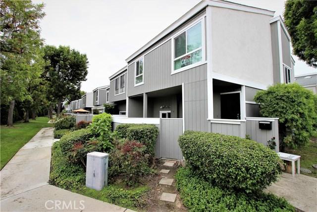 2600 W Segerstrom Avenue D, Santa Ana, CA 92704