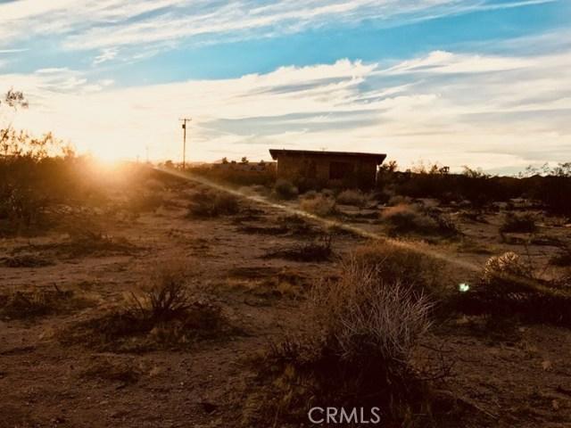 489 Deer Trail, Yucca Valley, CA 92284-1591