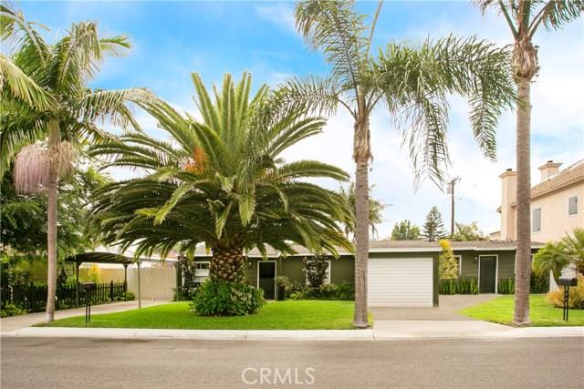 379 La Perle Place, Costa Mesa, CA 92627