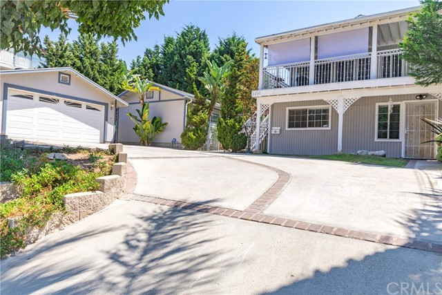 2260 Rose Avenue, Signal Hill, CA 90755