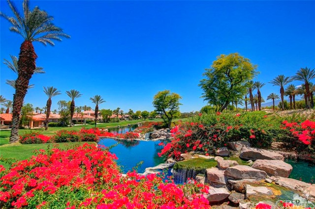 521 Red Arrow, Palm Desert, CA 92211