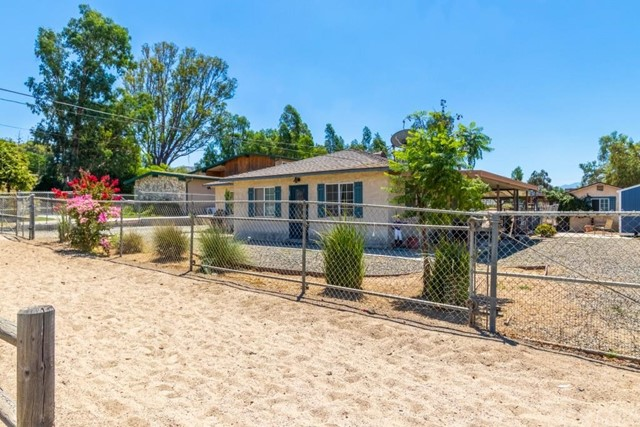 1022 5th Street, Norco, CA 92860