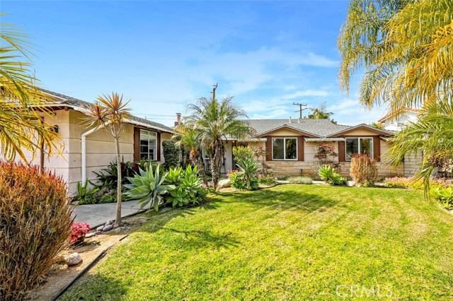 227 Sherwood Place, Costa Mesa, CA 92627