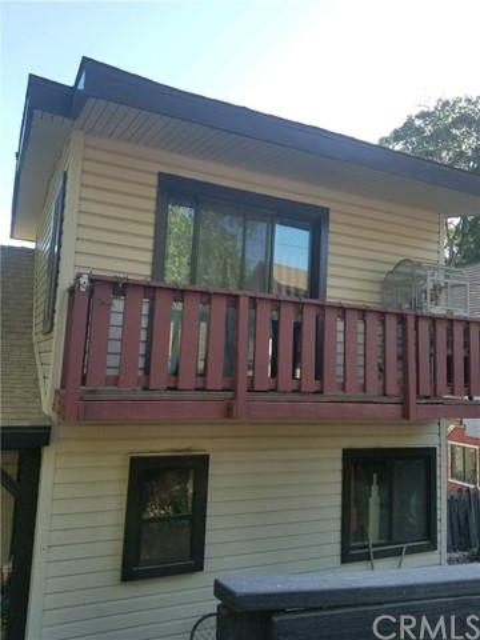 29227 Lake Brook Avenue, Cedar Glen, CA 92321