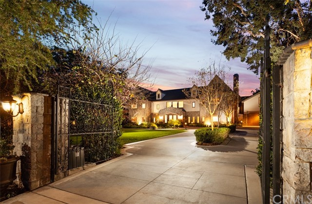 26191 Bridlewood Drive, Laguna Hills, CA 92653