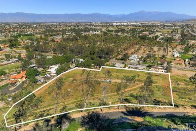 0 Locust, Bloomington, CA 92316