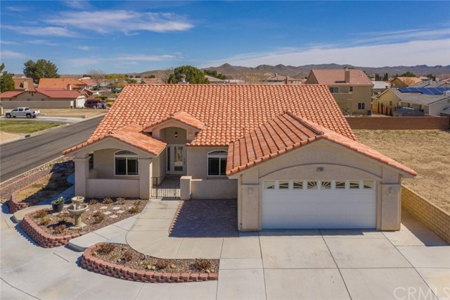 27081 Silver Lakes, Helendale, CA 92342