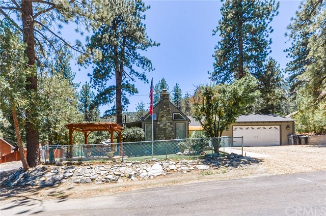 5652 Sycamore Street, Wrightwood, CA 92397