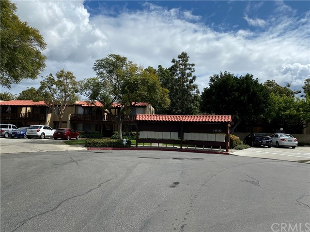 1000 W Macarthur Bl, Santa Ana, CA 92707 Photo