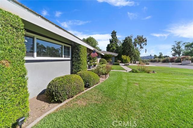 7. 306 N Valley Center Avenue Glendora, CA 91741
