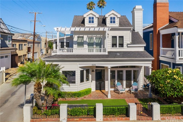 324 Diamond Avenue, Newport Beach, CA 92662
