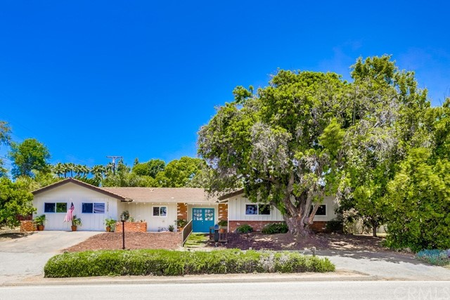 1230 W Via Rancho, Escondido, CA 92029