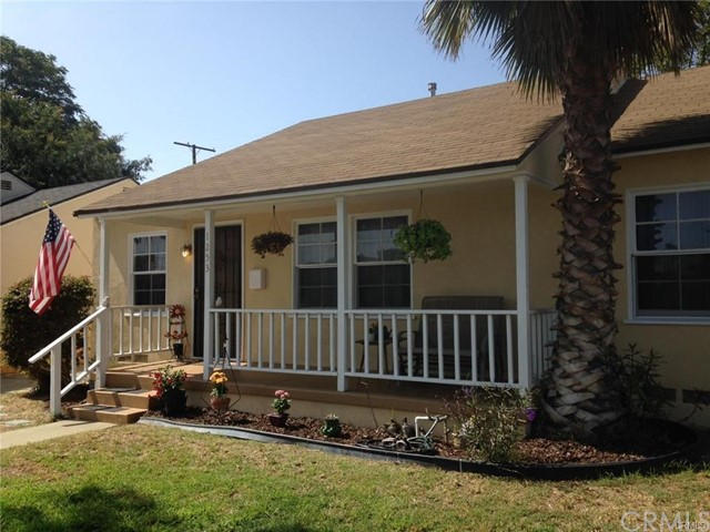 1253 W Taper Street, Long Beach, CA 90810