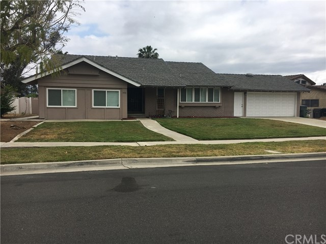 1410 Del Norte Drive, Corona, CA 92879