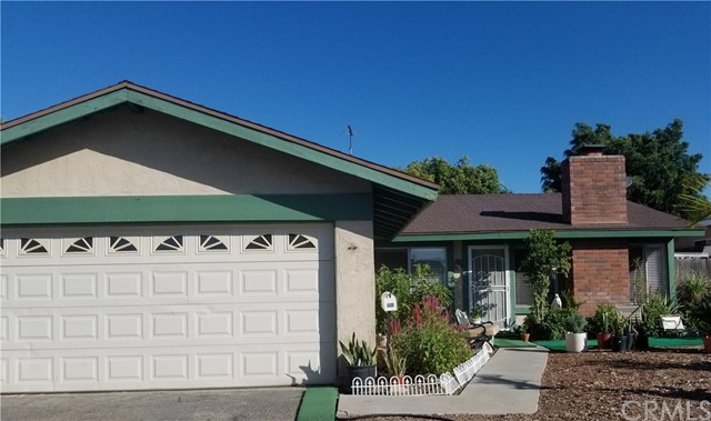 998 Redwood Court, Corona, CA 92879