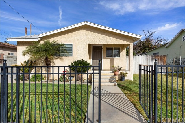 611 Almond Avenue, Monrovia, CA 91016