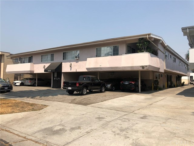 Well maintained, 20 units located in the prime - and high-rental demand - Palms area of the Westside.? Six 2-bedroom, 1.5-bath units; thirteen 1-bedroom 1-bath and one studio on a large 16,000 square foot lot.? Great commuter location.? 26 parking places, security gate and on-site laundry.? This property is also offered as part of seven building portfolio (see attached Offering Memorandum).? Shown on accepted offers only.? Please do not disturb the tenants.