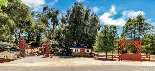 35455 El Niguel Road, Ortega Mountain, CA 92530
