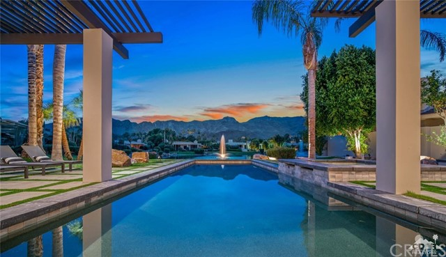 8 Deerfield Court, Rancho Mirage, CA 92270