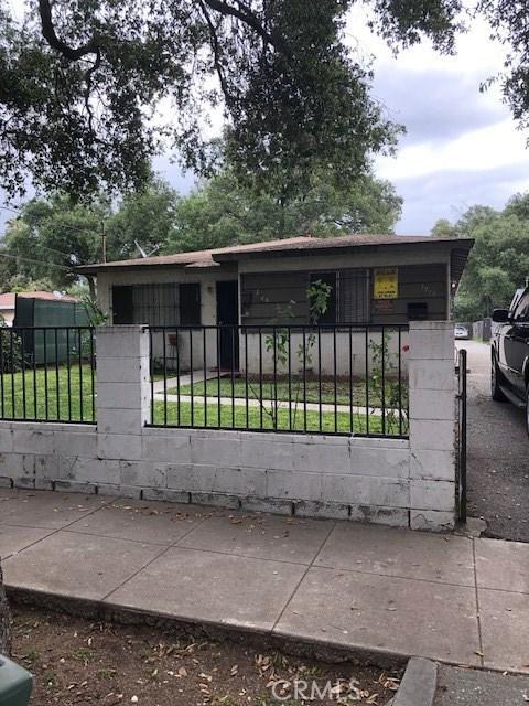 1748 N Summit Avenue, Pasadena, CA 91103
